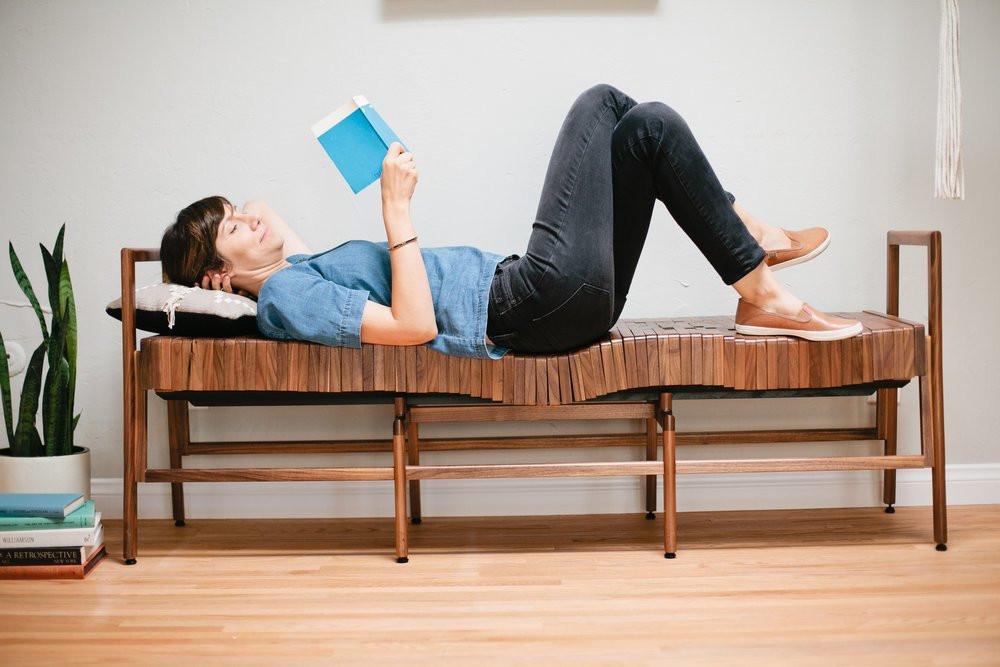 是柔軟的木頭凳子這篇文章的首圖