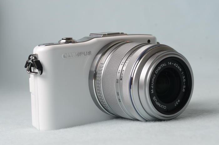 是100年資訊月:Olympus E-PM1 相機這篇文章的首圖