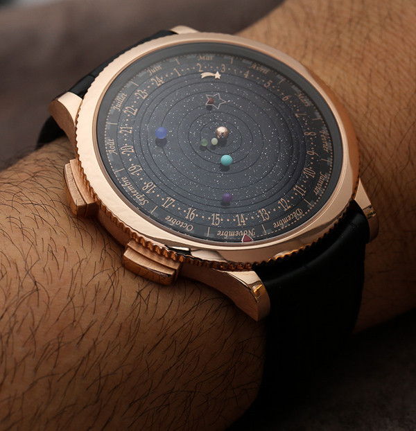 是把太陽系戴在手上,造價超級不菲的精工錶這篇文章的首圖