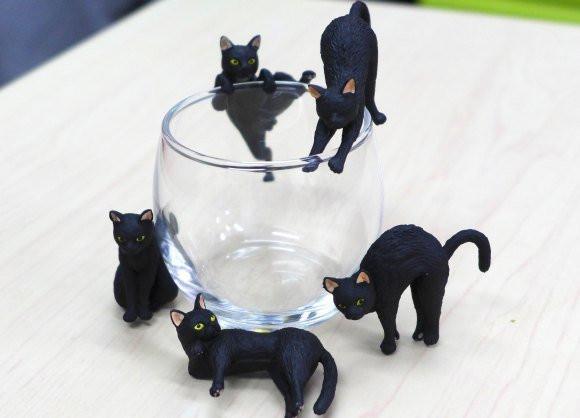 是黑貓控必搜!黑色萌貓杯緣子紀念小物這篇文章的首圖