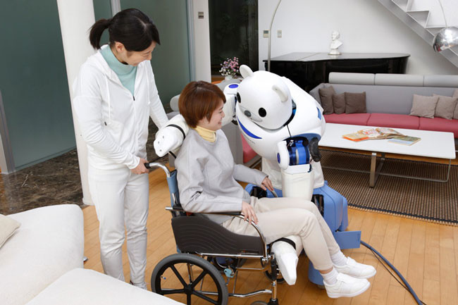 japan-has-created-a-robot-bear-thatll-help-nurses-take-care-of-their-patients6.jpg