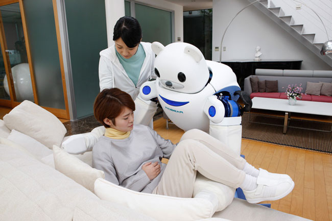 japan-has-created-a-robot-bear-thatll-help-nurses-take-care-of-their-patients7.jpg