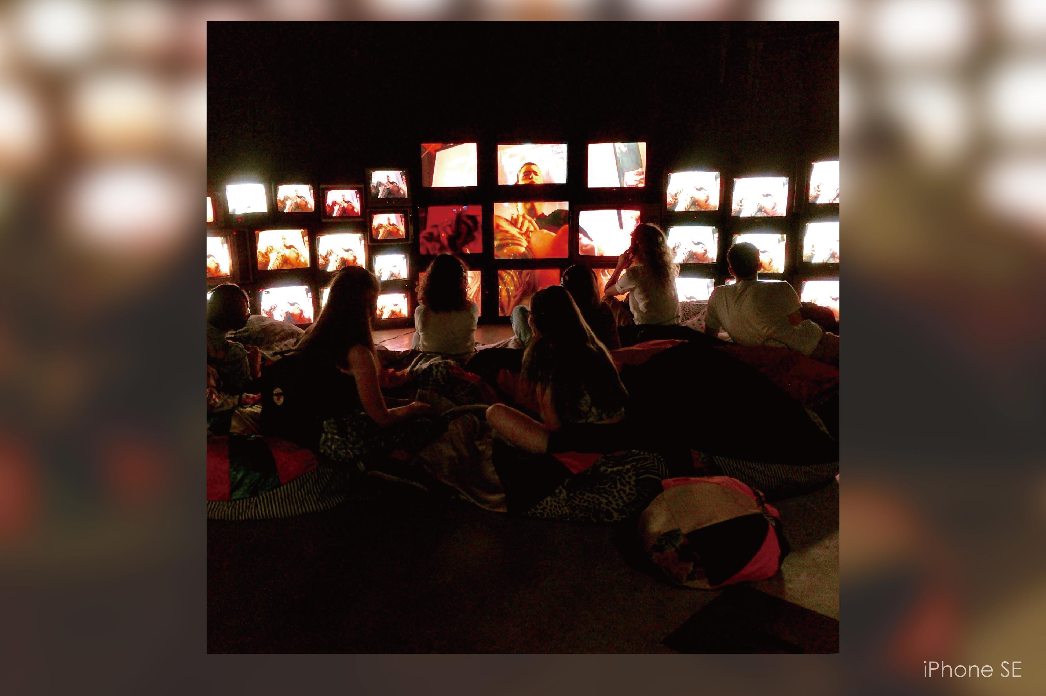 Art, Lighting, iPhone SE, iPhone, SE, lighting, night, darkness, art, iPhone SE, 藝術,照明,iPhone SE,iPhone,SE,燈光,夜晚,黑暗,藝術,iPhone SE