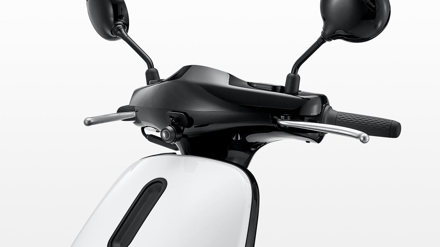Gogoro推1080p@30fps行車紀錄器 預設綁專用記憶卡 全機售價4490元