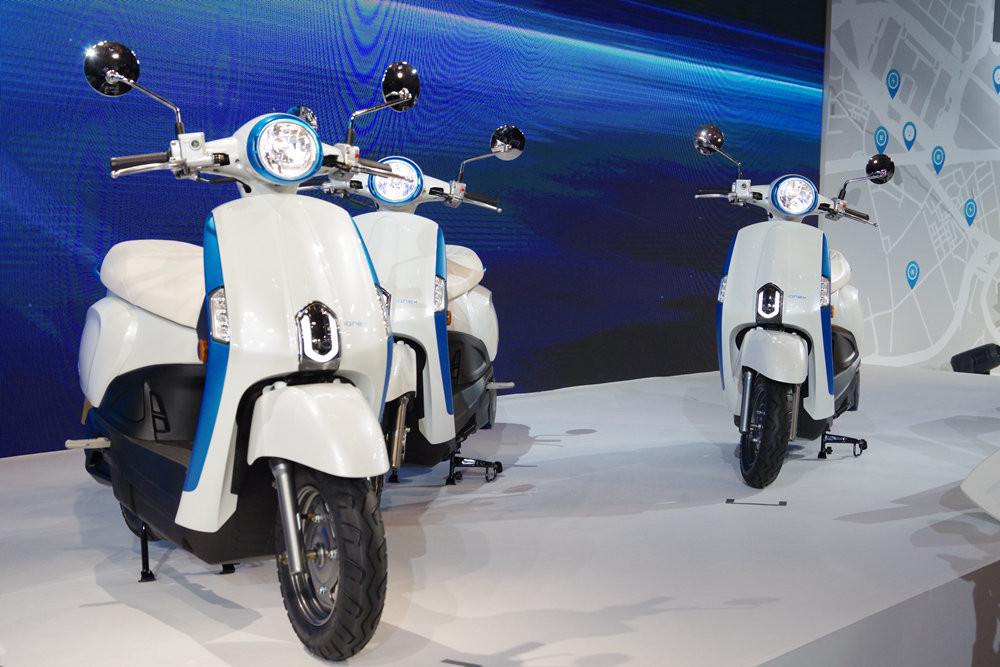 Car, Electric vehicle, Scooter, Kymco, , Motorcycle, , Gogoro, 瘾科技, Mobile Phones, Gogoro, motor vehicle, scooter, car, automotive design, vehicle, motorcycle, vespa