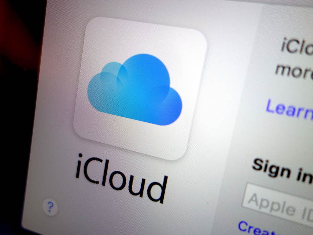 China, iCloud leaks of celebrity photos, iCloud, , Apple, Data center, , Cloud computing, Cloud storage, Company, icloud technology, electronic device, technology, gadget, electronics, product design, font, brand, product, multimedia