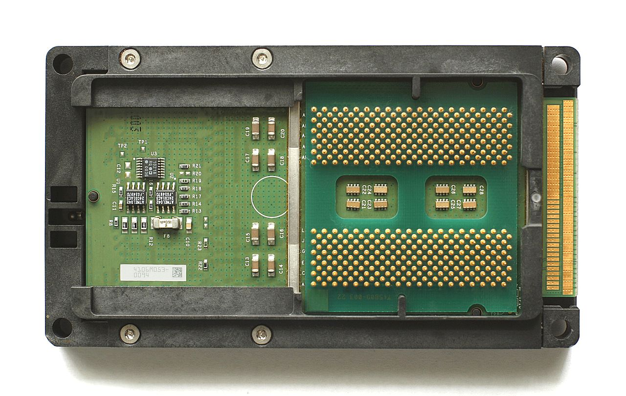 Microcontroller, Hewlett-Packard, Itanium, Central processing unit, Computer hardware, Intel, , , , Xerox, Itanium, electronics, microcontroller, computer component, technology, electronic device, circuit prototyping, display device, personal computer hardware, electronics accessory, computer hardware