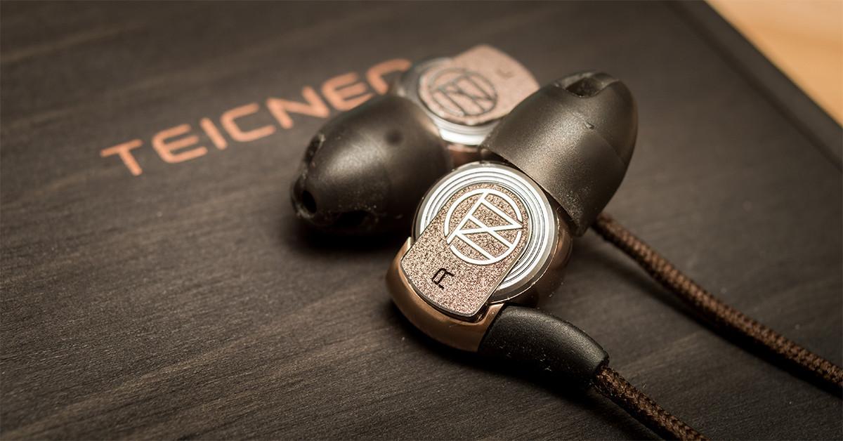 是鼎藝 TEICNEO 高超金屬加工技術再發威!低頻超多的雙振膜耳機「Record TF-001」全新登場~這篇文章的首圖