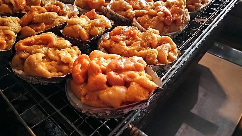 是[面白日本] 日本人吃海膽花招多,生食、入菜、BBQ~這篇文章的首圖