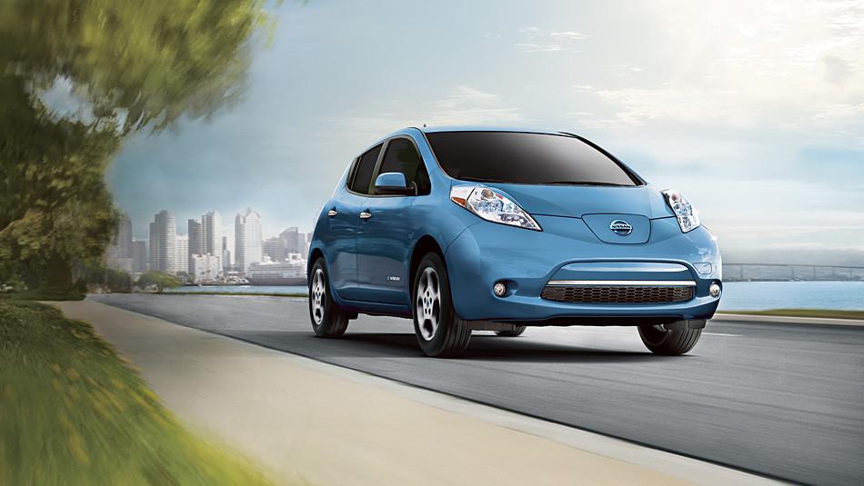 是日產在日本透過電動車 Leaf 測試公路自動駕駛系統這篇文章的首圖