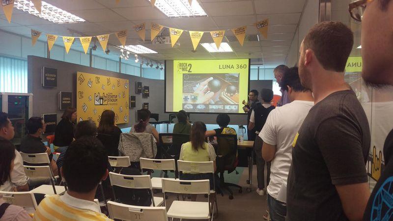 是用兩分鐘英文簡報爭取新創團隊圓夢機會,台灣新創競技場舉辦 Rock the Mic USA 2017 選秀會這篇文章的首圖