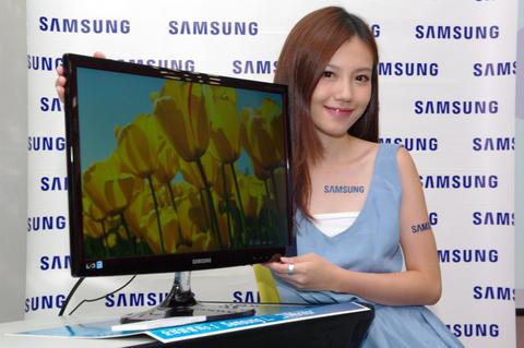 是三星推出平價 PLS 面板顯示器 Series 3 SB350T ,強調節能、廣視角與低失真這篇文章的首圖