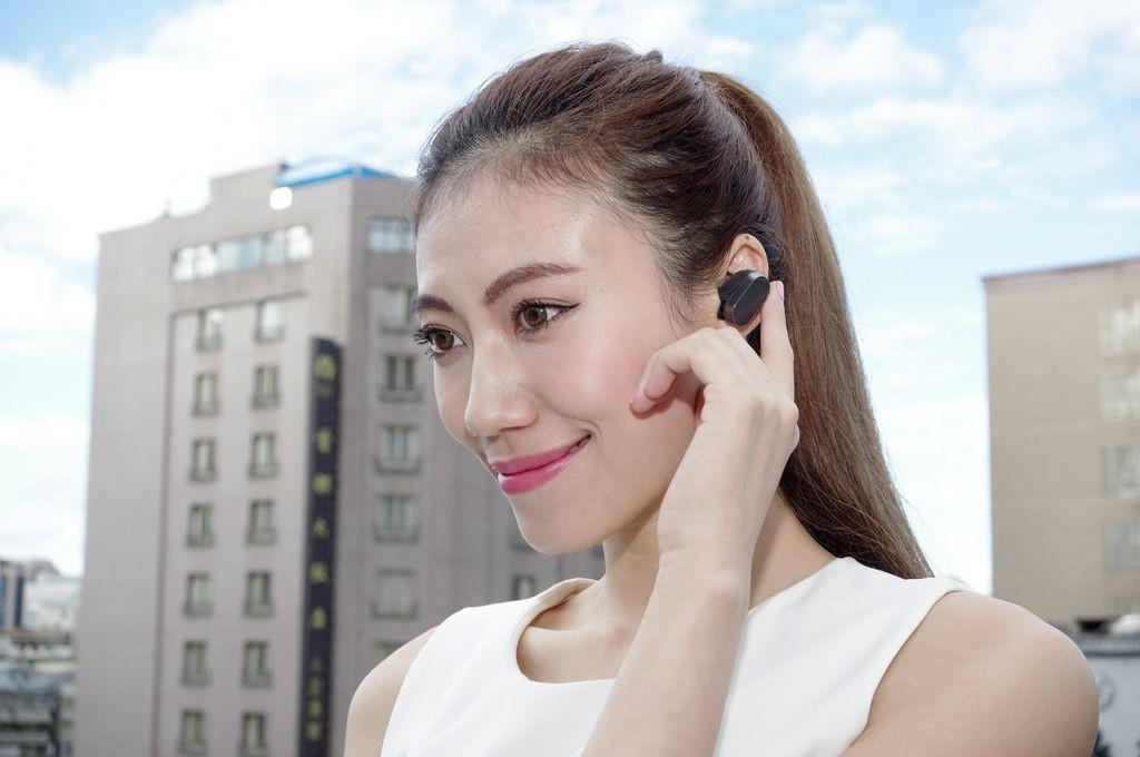 是歡迎來到個人智慧助理世代, Sony Mobile Smart 系列首款產品 Xperia Ear 在台限量推出這篇文章的首圖