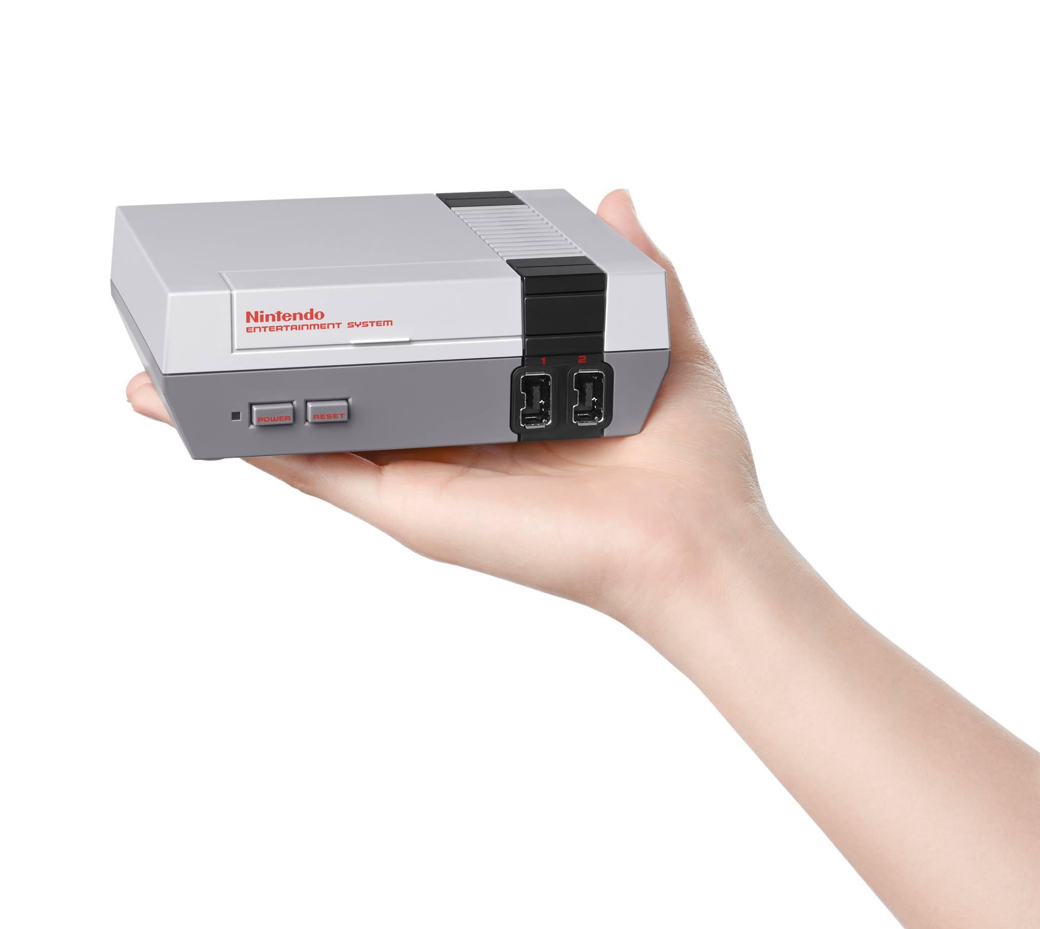 是來自原廠推出,任天堂初代主機迷你化 NES Classic Edition 復刻問世這篇文章的首圖