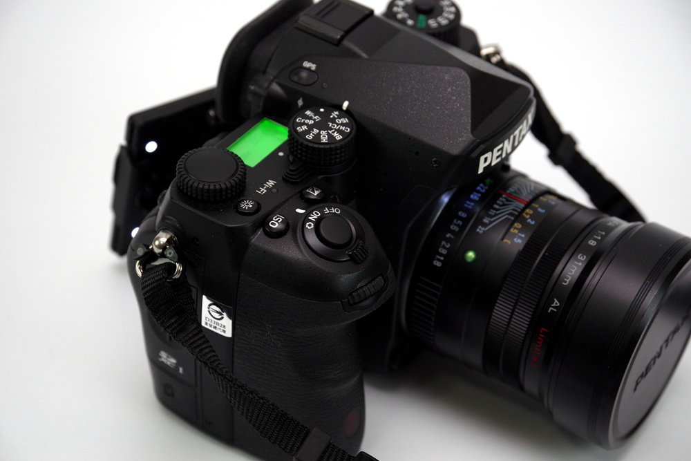 Digital SLR, Camera lens, Mirrorless interchangeable-lens camera, Single-lens reflex camera, Camera, Photography, Product design, Camera Flashes, Design, Product, camera lens, digital camera, cameras & optics, camera, single lens reflex camera, camera lens, digital slr, product, camera accessory, reflex camera, mirrorless interchangeable lens camera