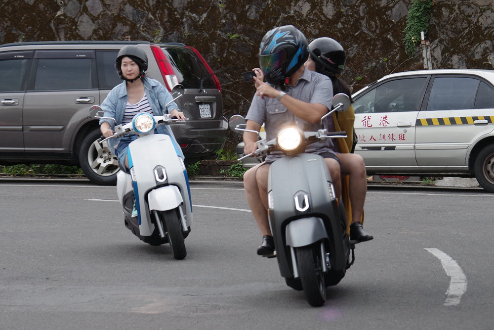 Scooter, Car, Police, Motor vehicle, Recreation, Sport, , Vehicle, Sporting Goods, Autoped, scooter, motor vehicle, vehicle, mode of transport, scooter, car, street, motorcycle, road, police, lane