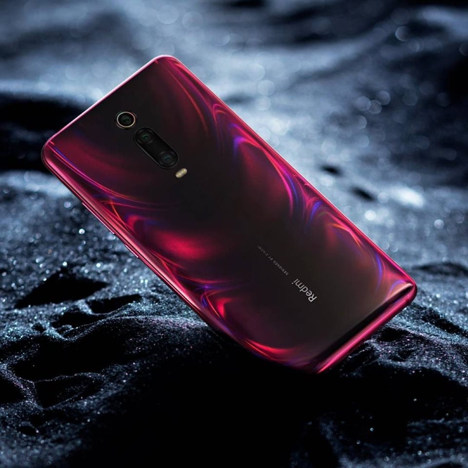 Smartphone, Feature phone, Redmi, Xiaomi, , LG K20, , Huawei, , Huawei Y9, computer wallpaper, Mobile phone, Gadget, Feature phone, Communication Device, Red, Product, Electronic device, Portable communications device, Technology, Pink,功能手機,智能手機,產品,紅色,小工具,手機,電子設備,粉色,通訊設備,技術,小米,redmi,便攜式通訊設備,huawei,電腦壁紙,lg k20,huawei y9