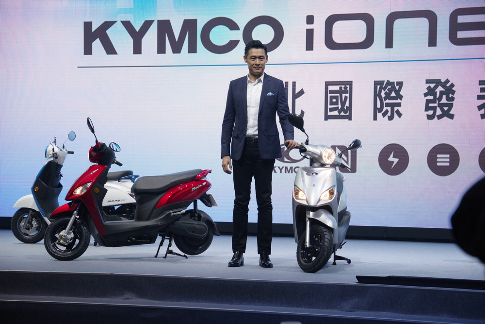 Scooter, Car, Motorcycle accessories, Automotive design, Motorcycle, Motor vehicle, Kymco, , Vehicle, Design, kymco, car, scooter, motor vehicle, vehicle, motorcycle, automotive design, motorcycling, motorcycle accessories, Kymco