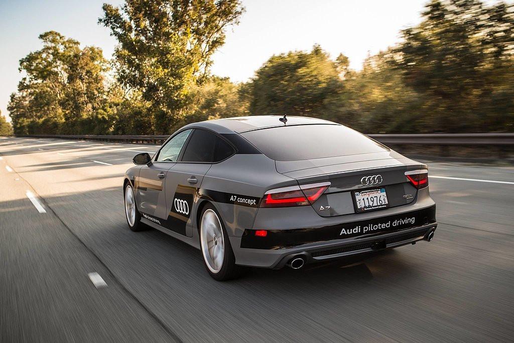 是CES 2015 : AUDI 以 A7 房車進行 560 英里半自動駕駛長征,並透露將以 Tegra X1 打造自動駕駛系統這篇文章的首圖