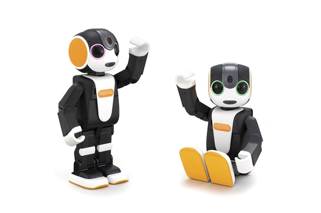 RoBoHoN, Robot, Sharp RoBoHoN SR-01M-W, , Sharp Corporation, LTE, Bipedalism, 3G, C-HTML, Consumer electronics, Sharp RoBoHoN SR-01M-W, Toy, Cartoon, Lego, Fictional character, Animation, Animated cartoon, Action figure, Gesture, Figurine