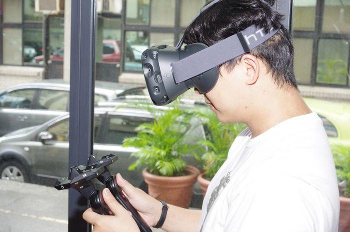 是今年內已來不及, HTC Vive VR 頭戴顯示器預計 2016 年四月推出這篇文章的首圖