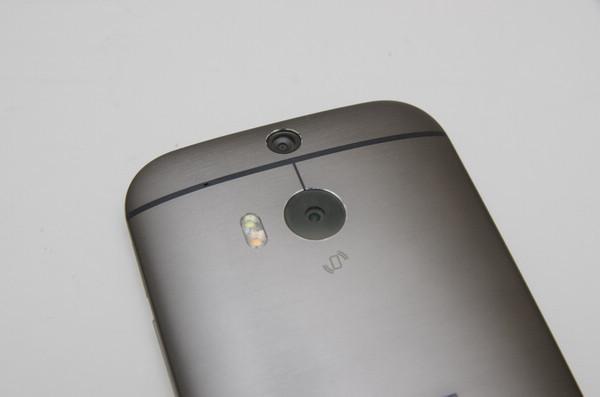 是傳聞中的 HTC 自拍神器 HTC Eye 可能為 5.2 吋機種這篇文章的首圖