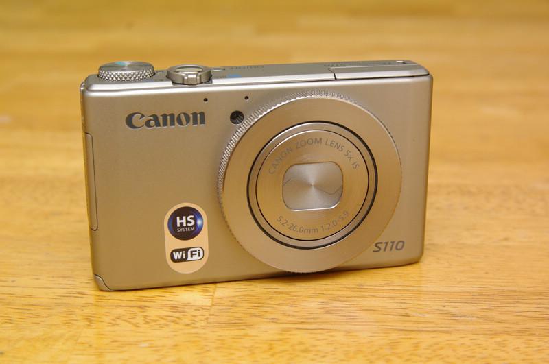 是不卑不亢的老二哲學: Canon PowerShot S110 動手玩(補上錄影效果)這篇文章的首圖