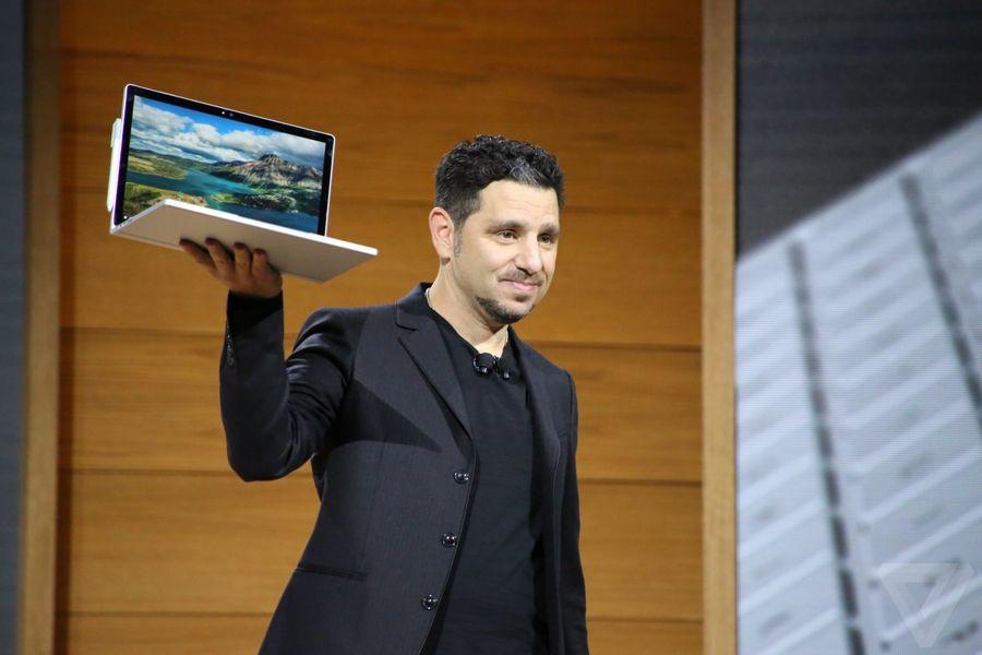 是傳微軟 Surface Book 2 將取消二合一設計,換來更便宜的價格以及與 Surface 差異化這篇文章的首圖