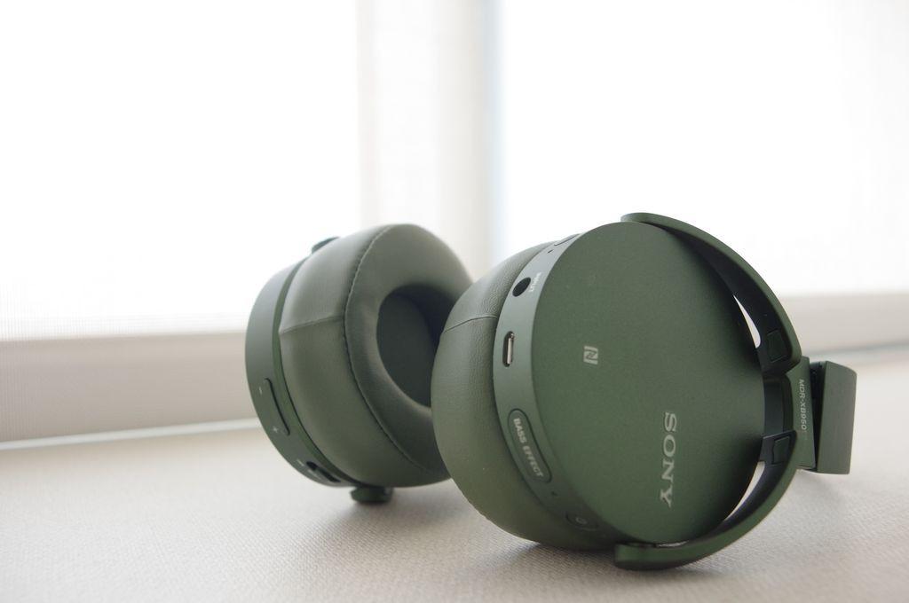 是獻給想沉浸在自己的低音世界的音樂愛好者, Sony MDR-XB950N1 動手玩這篇文章的首圖