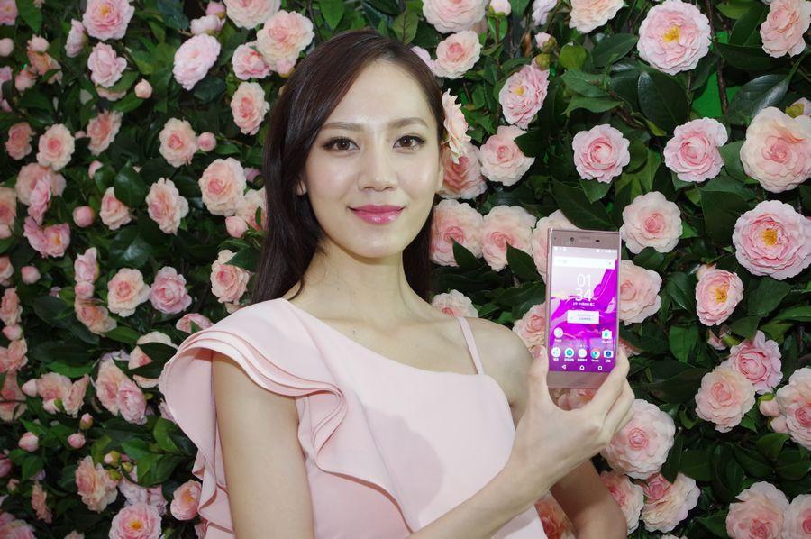 是Sony Xperia XZ 山茶花粉十一月底正式在台開賣這篇文章的首圖