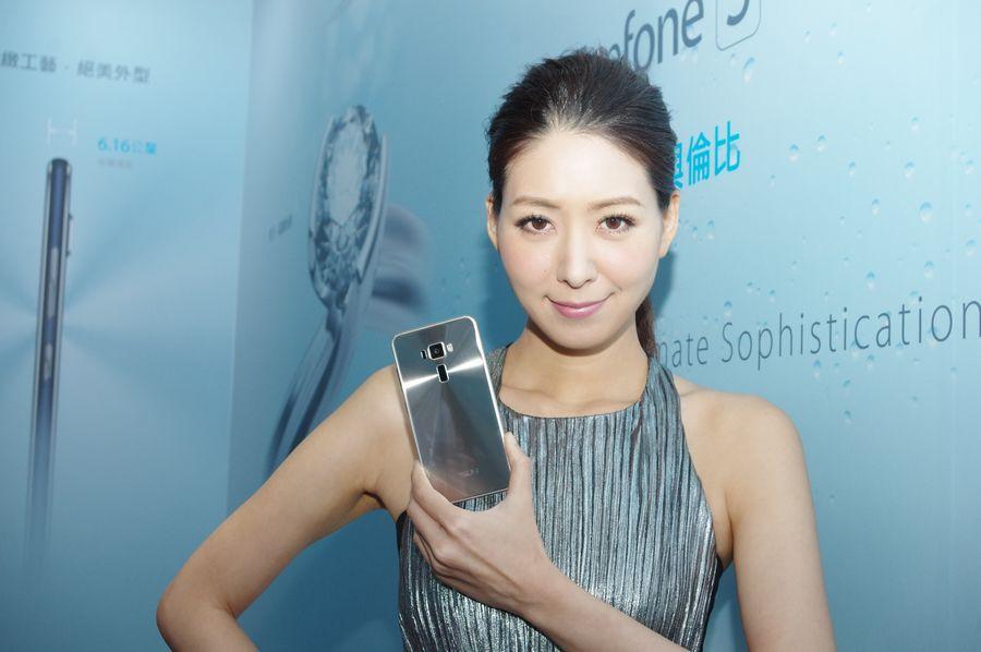 是ZenFone 3 質感與定位雙重升級,華碩 ZenFone 3 、 ZenFone 3 Ultra 即日台正式發表這篇文章的首圖