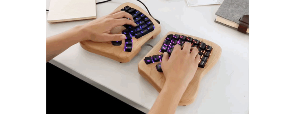 是這才是人體工學!楓木 + 高度客製化的 Keyboardio 蝴蝶鍵盤這篇文章的首圖
